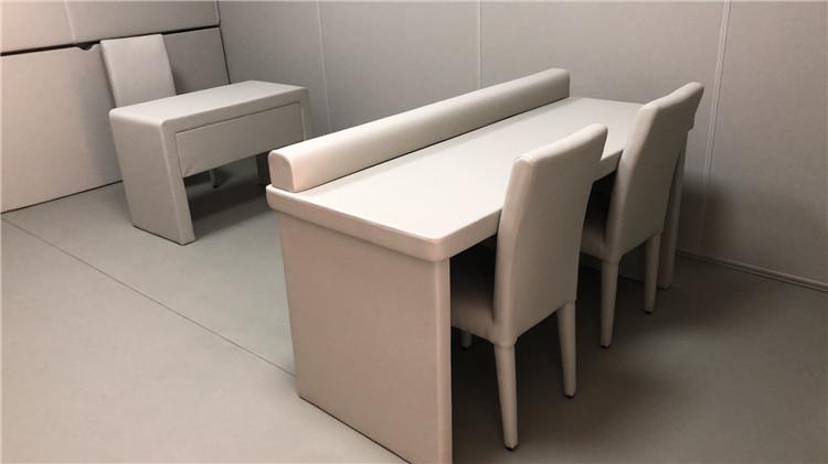 纪委审讯室软包留置室软包桌椅