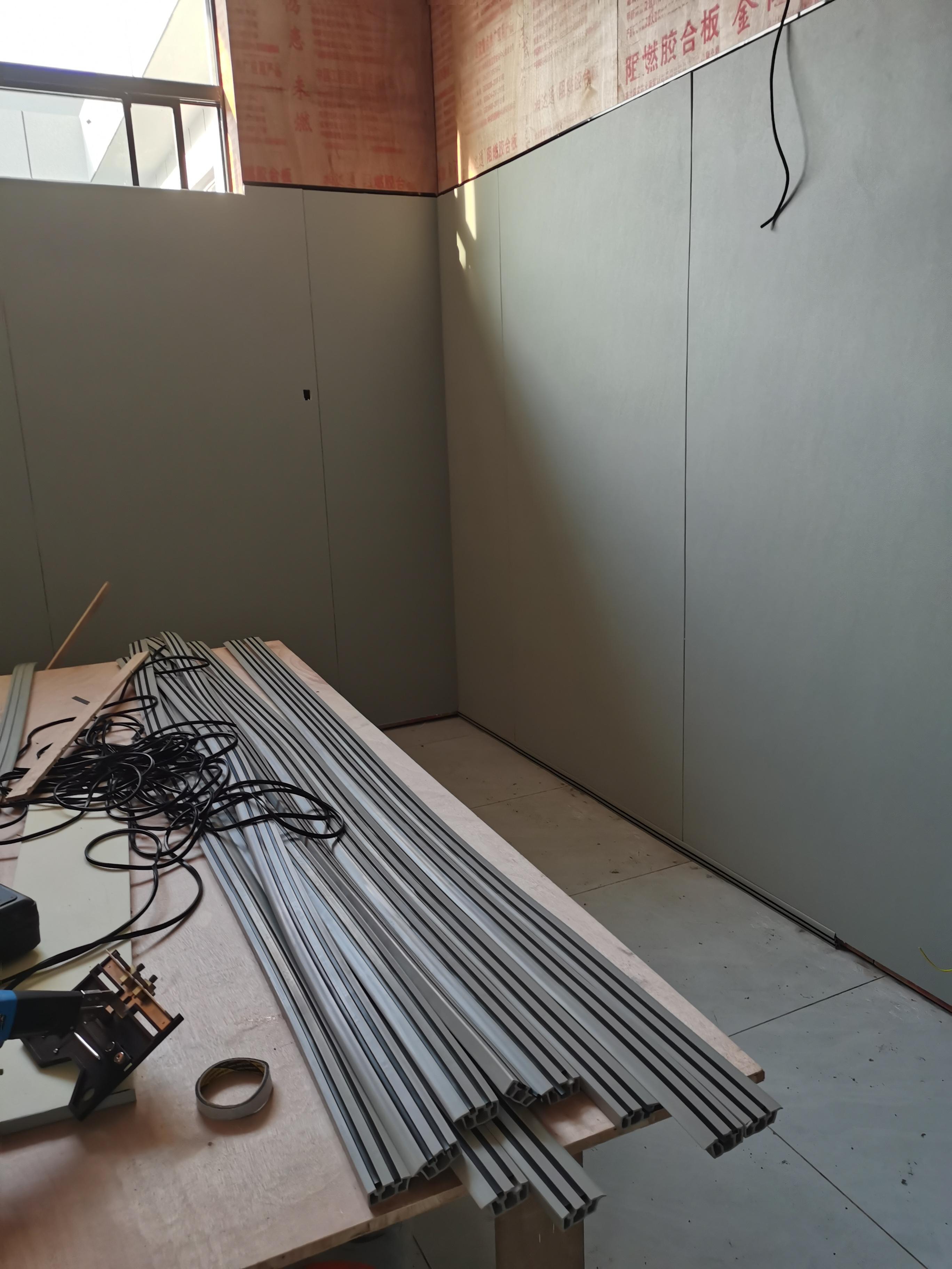 公检法办案区的防撞软板1250*2450mm,施工快、简单方便